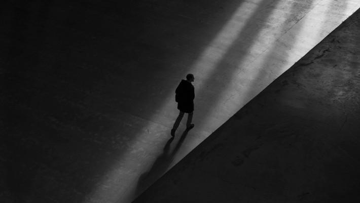 Quando l'amore diventa ossessione: come ci si difende dallo stalking?