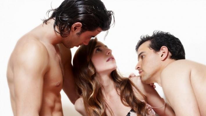 Come convincere mia moglie a fare sesso a 3?